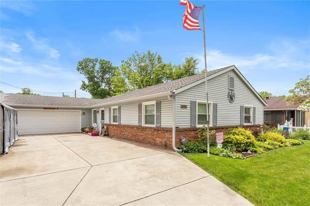 10011 Heather Hills Road, Indianapolis, IN 46229 (MLS #21786984) :: The Evelo Team