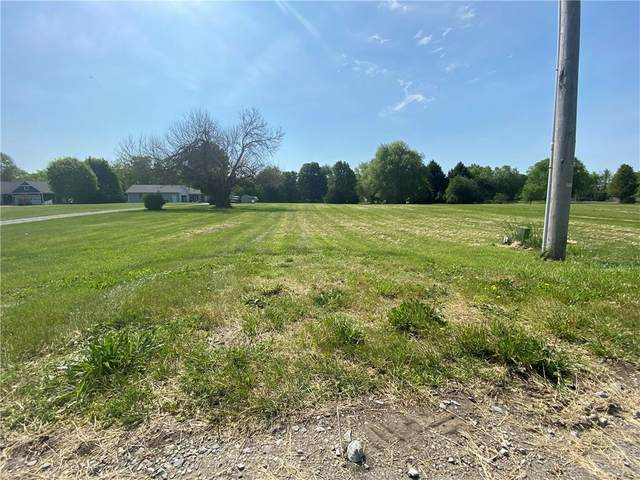 10672 N Carthage Pike, Carthage, IN 46115 (MLS #21787031) :: Mike Price Realty Team - RE/MAX Centerstone