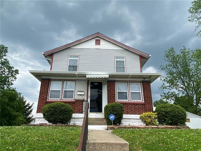 2702 E 25TH Street, Indianapolis, IN 46218 (MLS #21787168) :: The Evelo Team
