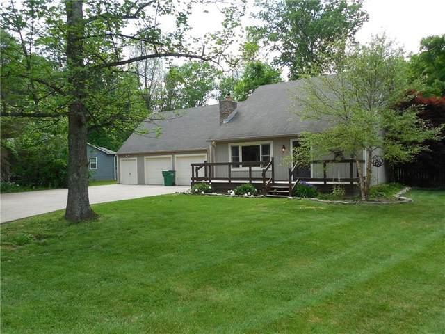 3860 E Edgewood Road, Martinsville, IN 46151 (MLS #21787462) :: Keller & Corbett Real Estate
