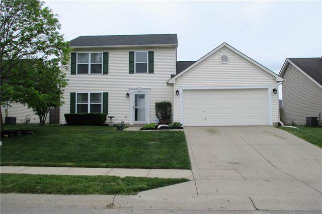 733 Woodcote Lane, Brownsburg, IN 46112 (MLS #21787600) :: Mike Price Realty Team - RE/MAX Centerstone