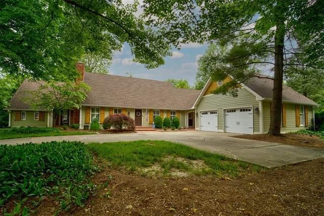 10906 Brigantine Drive, Indianapolis, IN 46256 (MLS #21788409) :: Keller & Corbett Real Estate