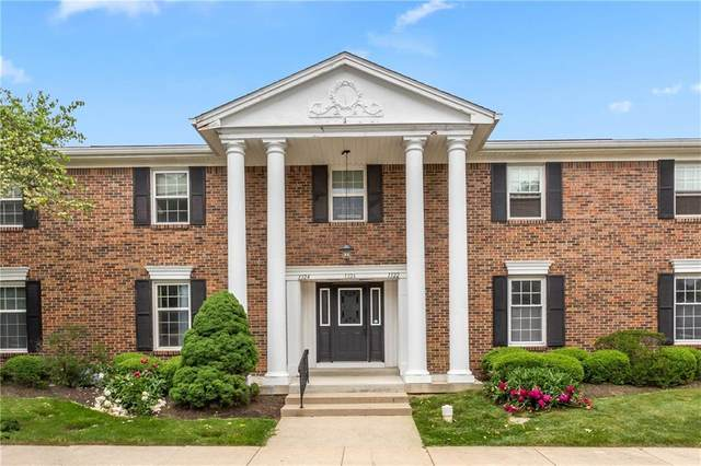 1322 Kings Cove Court, Indianapolis, IN 46260 (MLS #21788521) :: RE/MAX Legacy