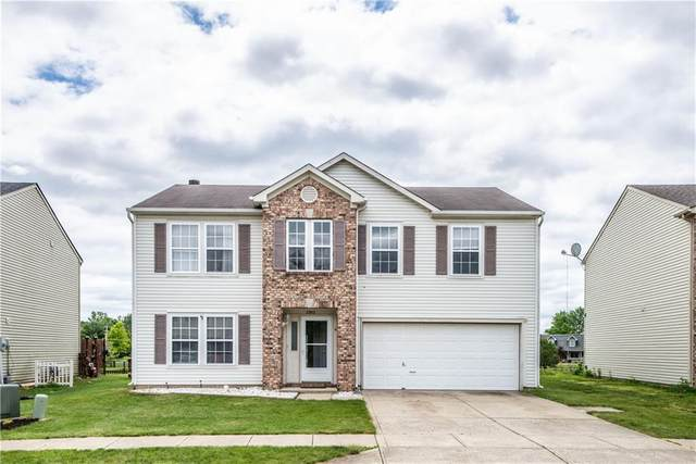 2302 Edgewater Circle, Plainfield, IN 46168 (MLS #21788623) :: RE/MAX Legacy