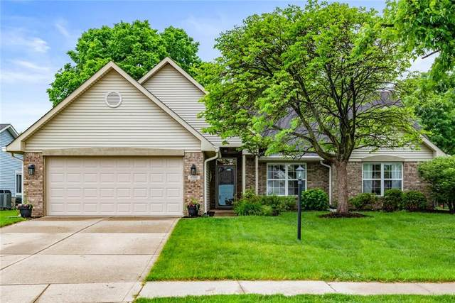 10300 Packard Drive, Fishers, IN 46037 (MLS #21788709) :: Mike Price Realty Team - RE/MAX Centerstone