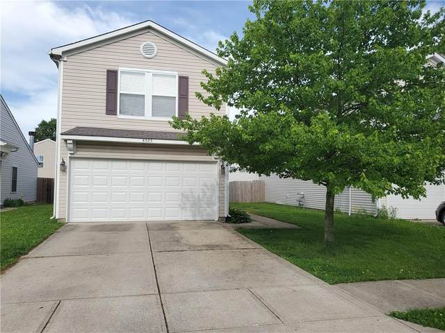 4525 Connaught East Drive, Plainfield, IN 46168 (MLS #21788894) :: Ferris Property Group
