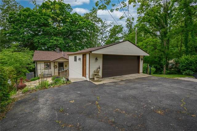 231 E Eagle Drive, Nineveh, IN 46164 (MLS #21788941) :: Mike Price Realty Team - RE/MAX Centerstone