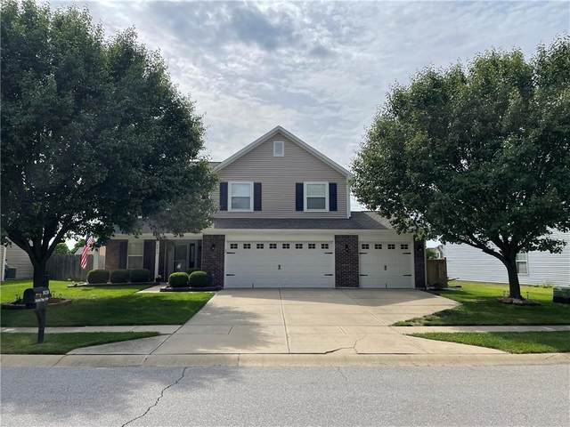 8038 Painted Pony Drive, Indianapolis, IN 46217 (MLS #21789075) :: Mike Price Realty Team - RE/MAX Centerstone