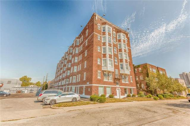 230 E 9th Street #105, Indianapolis, IN 46204 (MLS #21789194) :: Pennington Realty Team