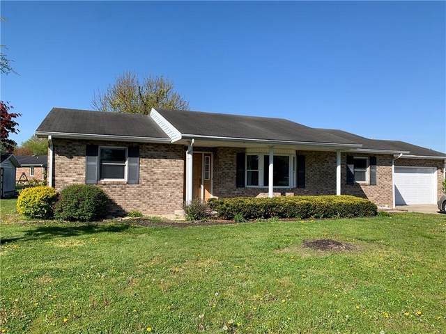 205 Whippoorwill Drive, Batesville, IN 47006 (MLS #21789403) :: Mike Price Realty Team - RE/MAX Centerstone