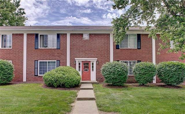 850A Hoover Village Drive 850A, Indianapolis, IN 46260 (MLS #21789423) :: Pennington Realty Team
