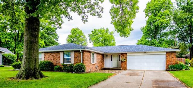 4480 Chapel Drive, Columbus, IN 47203 (MLS #21789522) :: Mike Price Realty Team - RE/MAX Centerstone