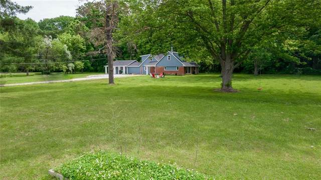 1427 N County Road 900 E, Avon, IN 46123 (MLS #21789643) :: AR/haus Group Realty