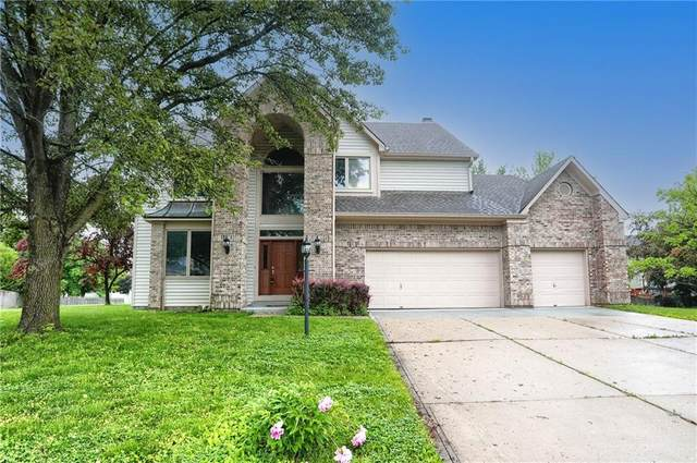 8627 Lansdowne Drive, Fishers, IN 46038 (MLS #21789672) :: Mike Price Realty Team - RE/MAX Centerstone