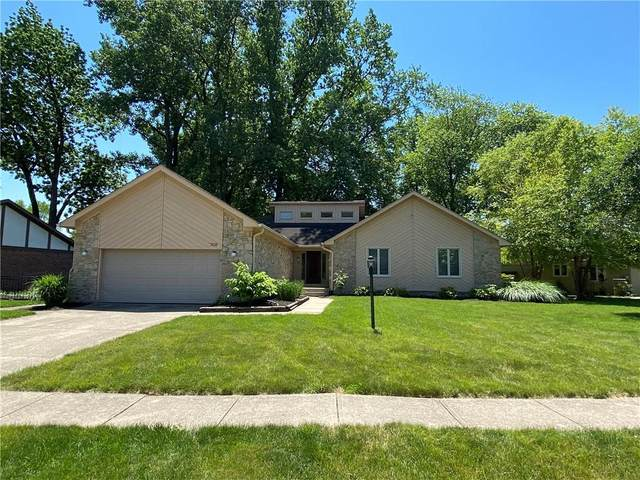708 Saint James Place, Noblesville, IN 46060 (MLS #21789685) :: Ferris Property Group