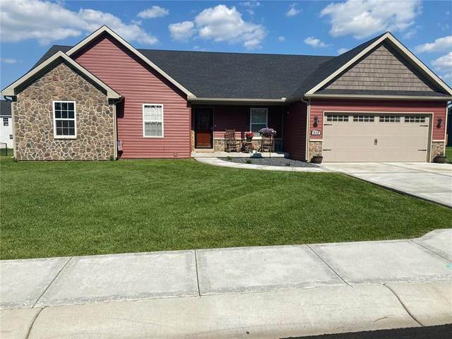 212 Crestwood Avenue, Crawfordsville, IN 47933 (MLS #21789749) :: Mike Price Realty Team - RE/MAX Centerstone