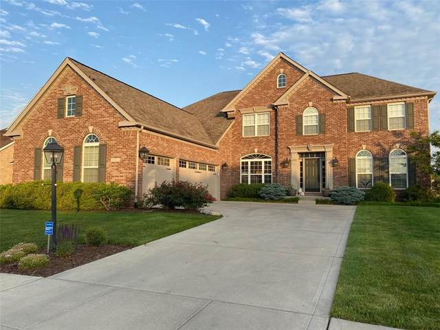 2800 E High Grove Circle, Zionsville, IN 46077 (MLS #21790039) :: Dean Wagner Realtors