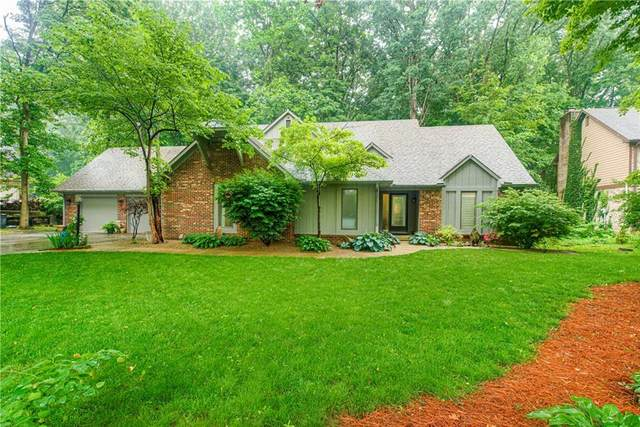 7851 Maxwelton Street, Mooresville, IN 46158 (MLS #21790266) :: Mike Price Realty Team - RE/MAX Centerstone