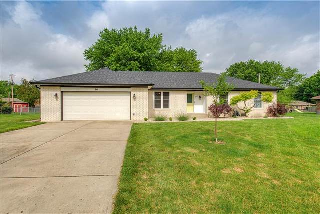 90 S Restin Road, Greenwood, IN 46142 (MLS #21790272) :: Mike Price Realty Team - RE/MAX Centerstone