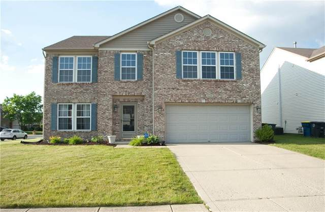 12710 White Rabbit Drive, Indianapolis, IN 46235 (MLS #21790451) :: The ORR Home Selling Team