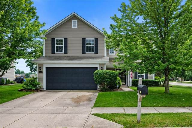 11425 War Admiral Dr, Noblesville, IN 46060 (MLS #21790458) :: The ORR Home Selling Team