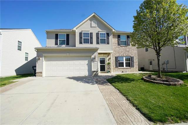 2904 Welcome Way, Greenwood, IN 46143 (MLS #21790671) :: The Indy Property Source
