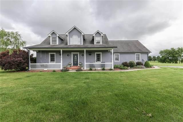 2356 E Pr Wrenbriar Lane, Shelbyville, IN 46176 (MLS #21790800) :: Ferris Property Group