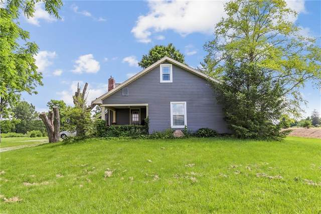 13501 W River Valley Road, Yorktown, IN 47396 (MLS #21790903) :: Mike Price Realty Team - RE/MAX Centerstone