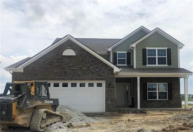 943 Rushmore Drive, Pittsboro, IN 46167 (MLS #21791039) :: RE/MAX Legacy