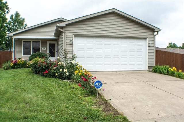 654 S Kentucky Street, Danville, IN 46122 (MLS #21791148) :: Mike Price Realty Team - RE/MAX Centerstone