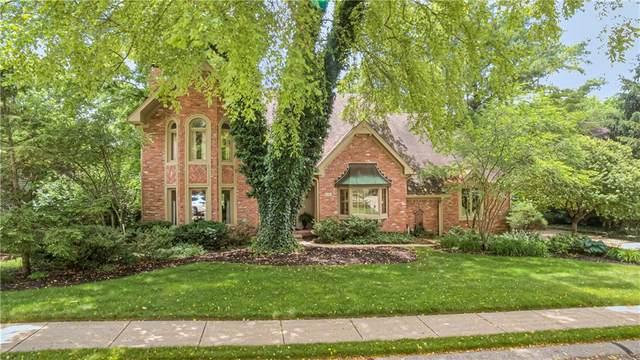 6381 Deerwood Court, Greenwood, IN 46143 (MLS #21791333) :: AR/haus Group Realty
