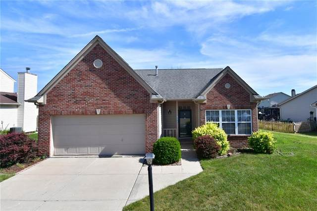 541 Alton Drive, Greenwood, IN 46143 (MLS #21791350) :: The ORR Home Selling Team