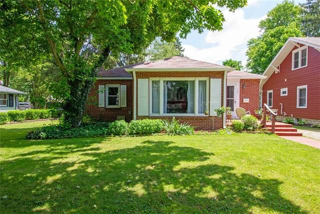 285 N Maple Street, Zionsville, IN 46077 (MLS #21791654) :: Mike Price Realty Team - RE/MAX Centerstone
