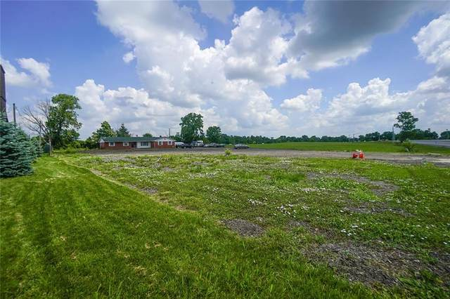 2916 E Main Street, Plainfield, IN 46168 (MLS #21791882) :: Mike Price Realty Team - RE/MAX Centerstone