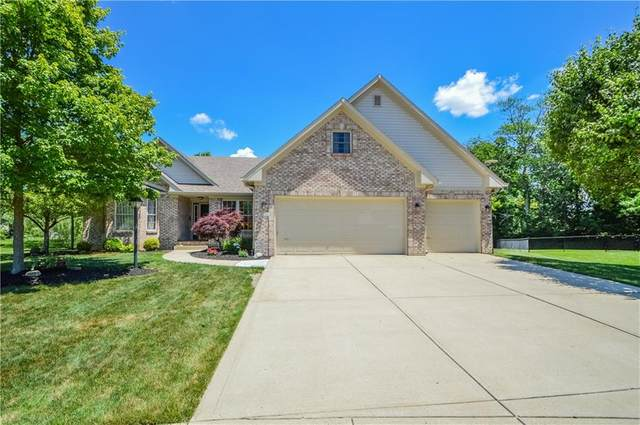 8146 Grassy Meadow Court, Indianapolis, IN 46259 (MLS #21791993) :: The ORR Home Selling Team