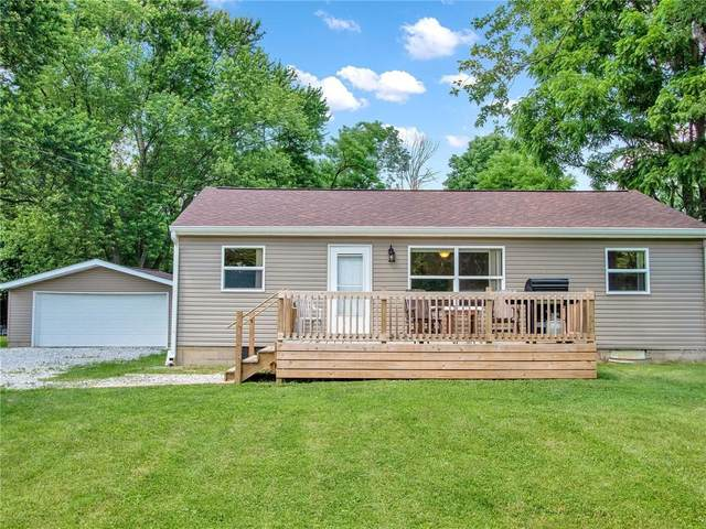 8718 W County Line Road, Camby, IN 46113 (MLS #21792026) :: Mike Price Realty Team - RE/MAX Centerstone