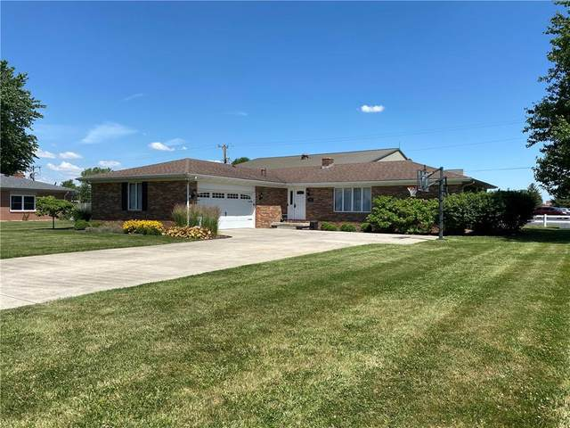 106 Dover Avenue, Tipton, IN 46072 (MLS #21792271) :: Anthony Robinson & AMR Real Estate Group LLC