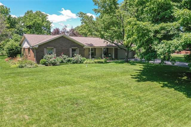 1402 S Buttercup Drive, New Palestine, IN 46163 (MLS #21792358) :: Mike Price Realty Team - RE/MAX Centerstone
