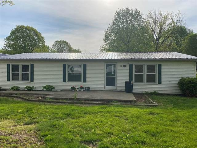 103 S Clay Street, West Lebanon, IN 47991 (MLS #21792395) :: The ORR Home Selling Team