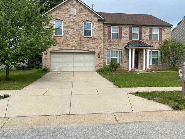 1581 Old Thicket Court, Greenwood, IN 46143 (MLS #21793725) :: Anthony Robinson & AMR Real Estate Group LLC