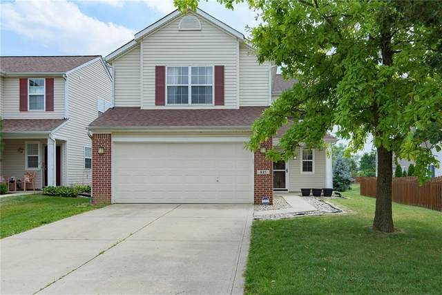 621 Vernon Place, Westfield, IN 46074 (MLS #21793811) :: AR/haus Group Realty