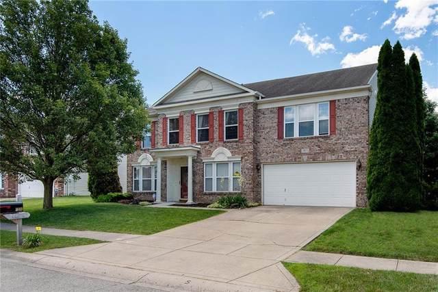 9813 Hidden Hills Lane, Indianapolis, IN 46234 (MLS #21793948) :: David Brenton's Team