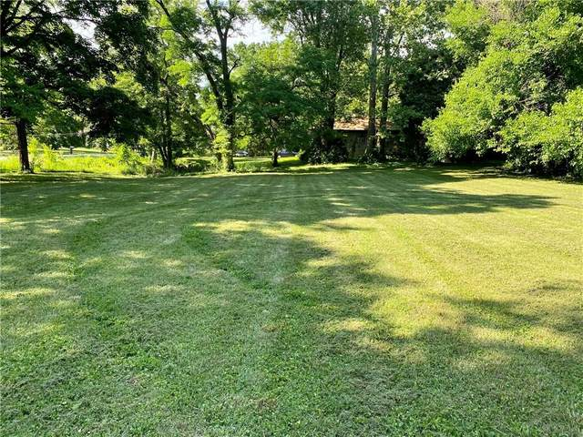 3900 S Sherman Drive, Indianapolis, IN 46237 (MLS #21794014) :: Mike Price Realty Team - RE/MAX Centerstone