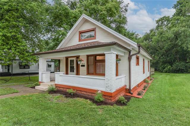 3517 W 10th Street, Indianapolis, IN 46222 (MLS #21794344) :: Pennington Realty Team
