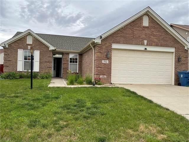952 Rentham Lane, Indianapolis, IN 46217 (MLS #21794352) :: Heard Real Estate Team   eXp Realty, LLC