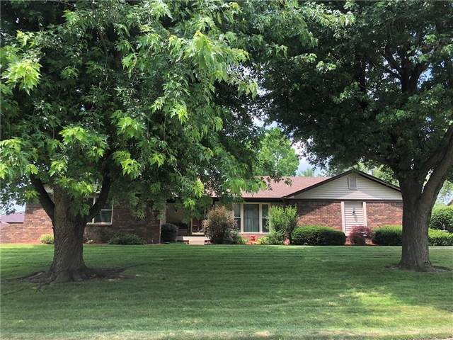596 S Yeagy Court, Greenwood, IN 46142 (MLS #21794613) :: Mike Price Realty Team - RE/MAX Centerstone