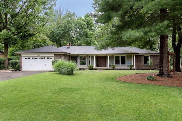6341 Wood Knoll Lane, Indianapolis, IN 46260 (MLS #21795099) :: AR/haus Group Realty