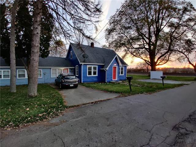 235 School Street, Anderson, IN 46012 (MLS #21795378) :: Anthony Robinson & AMR Real Estate Group LLC