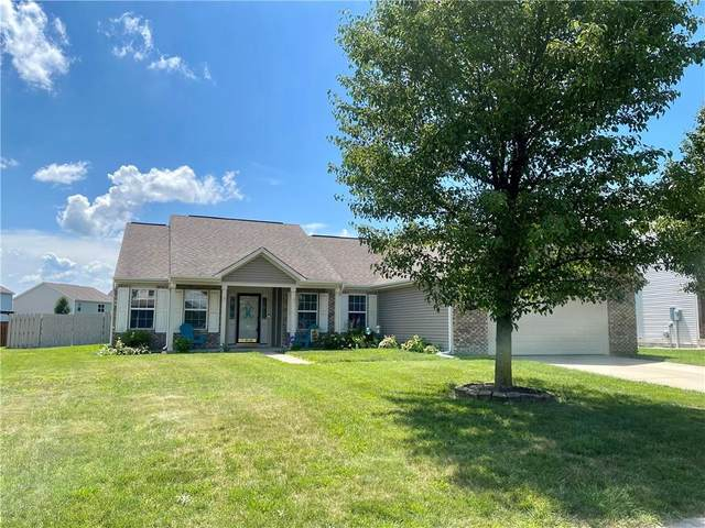 1776 Wynnewood, Avon, IN 46123 (MLS #21795559) :: Mike Price Realty Team - RE/MAX Centerstone