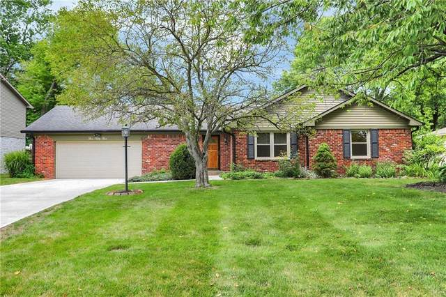 555 S Harbour Drive, Noblesville, IN 46062 (MLS #21795588) :: AR/haus Group Realty